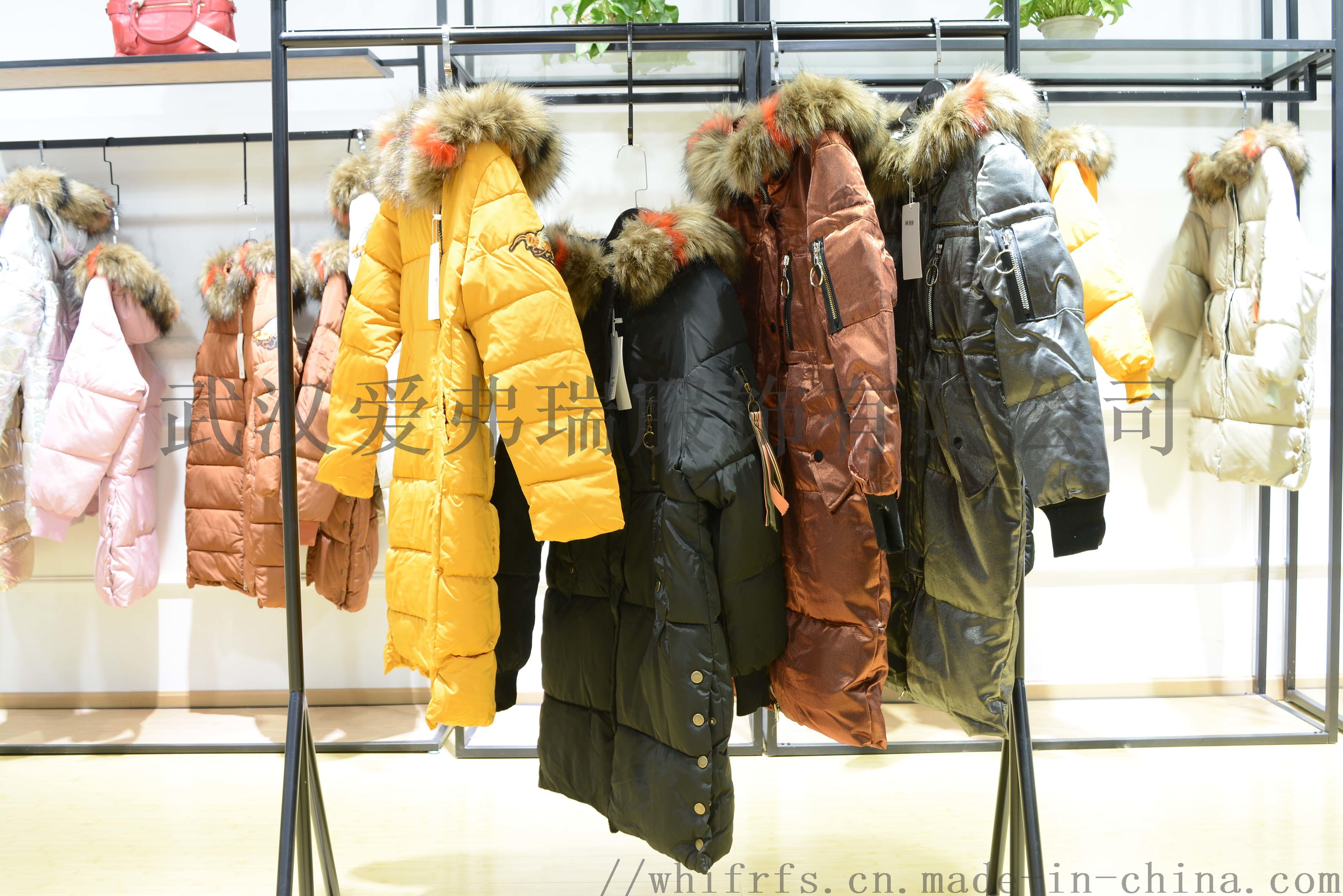 一二线品牌女装折扣变革18年冬装羽绒服大衣尾货走份800268355