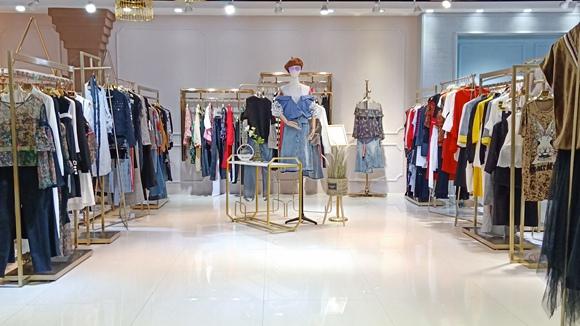 深圳时尚女装  艾利欧品牌折扣服装加盟尾货走份92694535