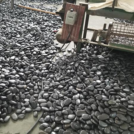 黑色鹅卵石_重庆黑色鹅卵石厂家_渝荣顺矿产!743620182