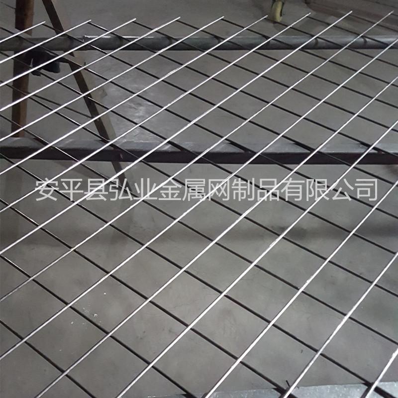 菱形孔铁丝电焊网片,斜方孔金属丝网,装饰铁丝网739430862