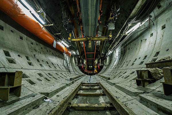 地铁隧道02副本.jpg