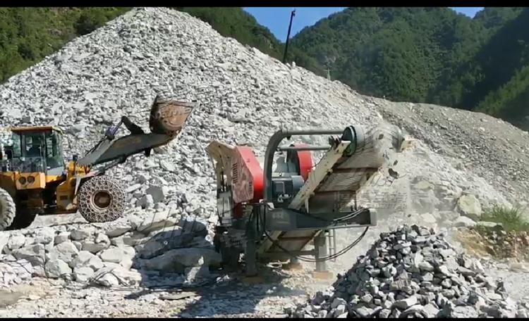 **建筑垃圾破碎机 大型矿山碎石机械生产线价格97804922