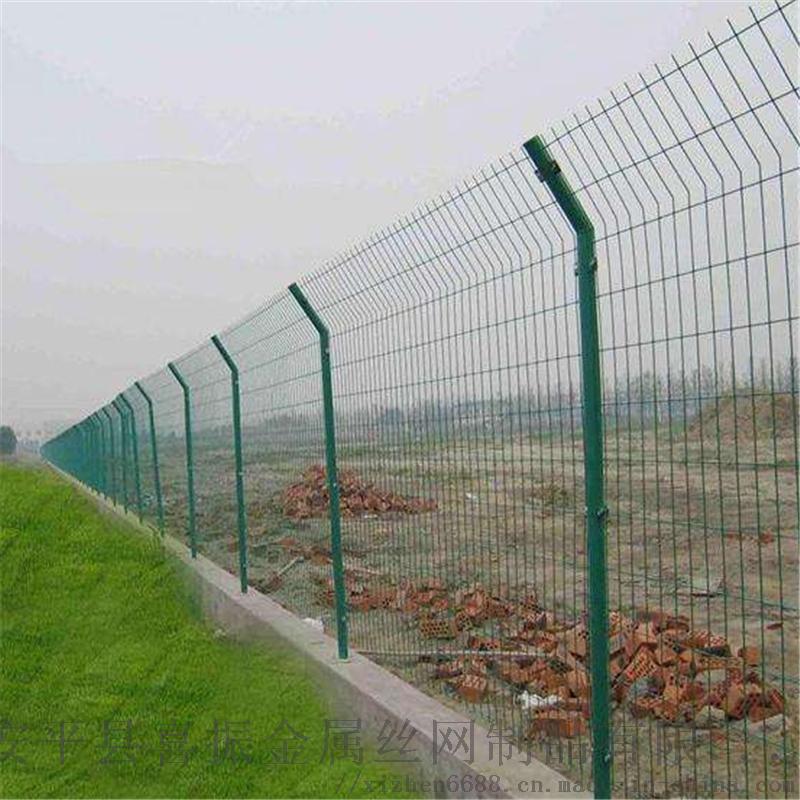 工厂围墙护栏网@安平现货围墙护栏@围墙护栏网规格121977642