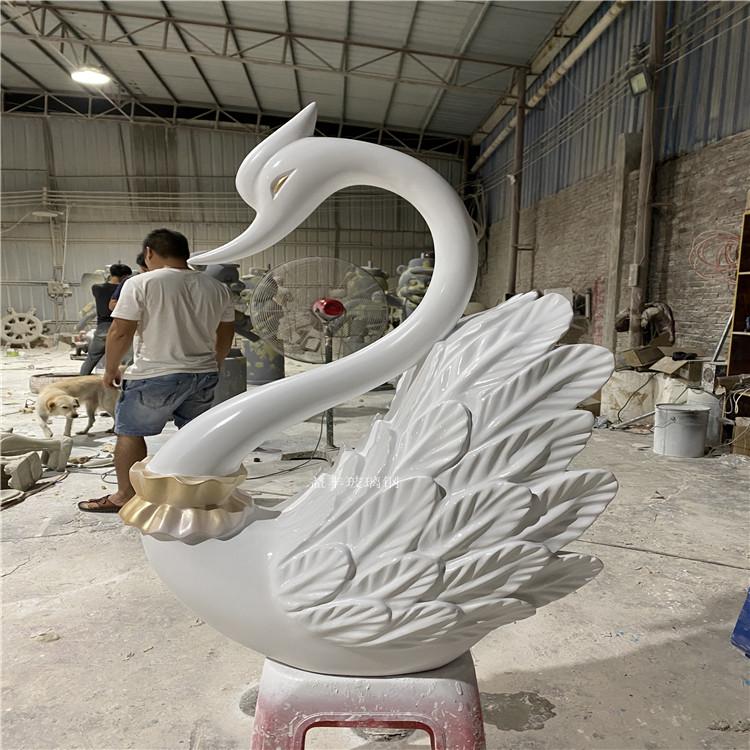 广州玻璃钢吉祥卡通雕塑 店铺开业吉祥物摆件937221245