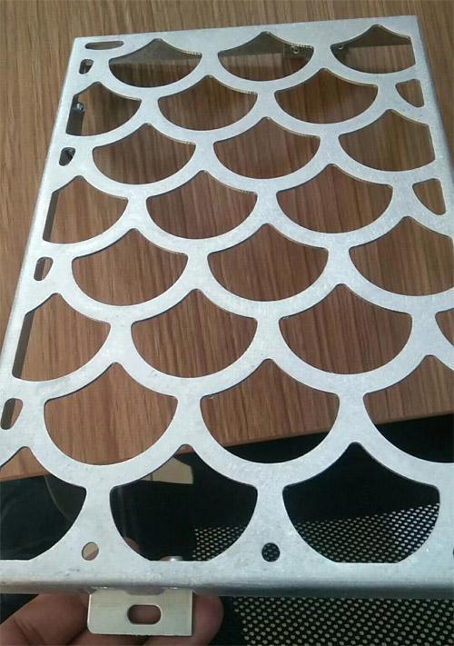 镂空铝单板吊顶 镂空铝板窗花 穿孔铝单板厂家.jpg