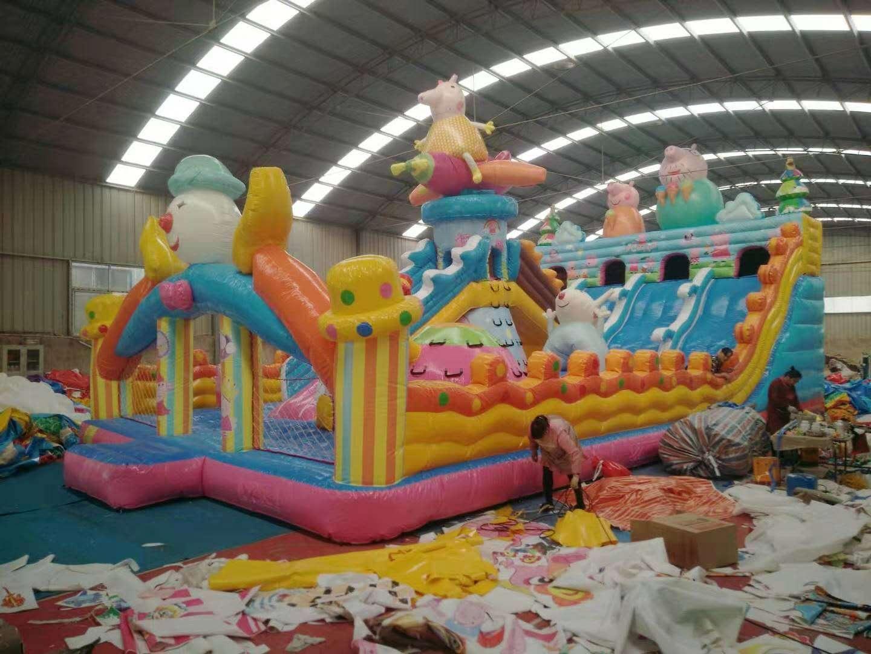 河南三門峽廠家直銷充氣城堡現貨多少錢828654462