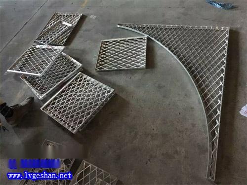 铝网板厂家 菱形拉网板 金属网格铝板