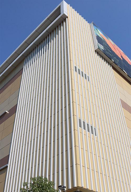 幕墙铝型材 铝型材外墙 氟碳铝型材.jpg