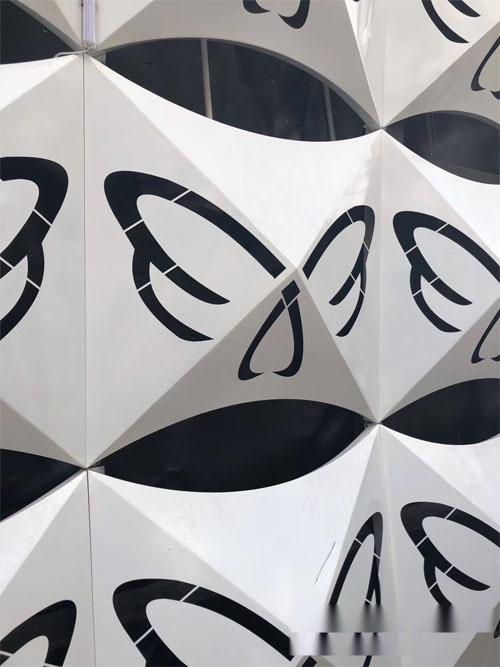 外墙铝单板 镂空穿孔铝板外墙 镂空铝板造型.jpg