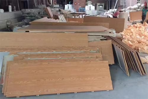 木纹铝单板厂 仿木纹铝板定做 木纹铝单板图片.jpg