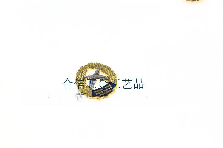 镂空徽章.jpg