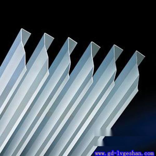 7字形铝挂片 铝挂片规格 铝挂片图片.jpg