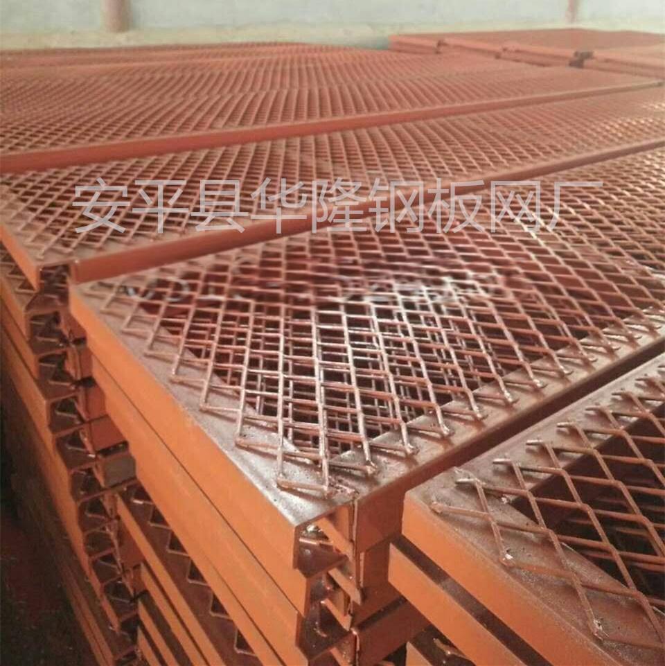 低碳钢板网,平台脚踏网,水利重工菱形金属网格738015262