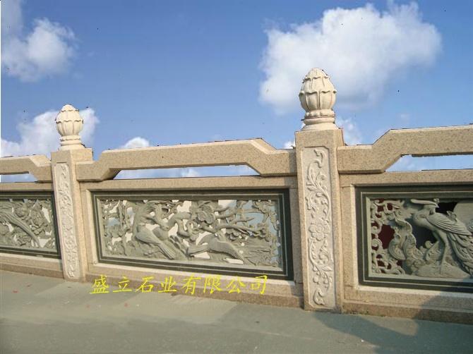 石雕栏杆厂家 青白石栏杆 花岗岩栏板 石雕围栏63895722