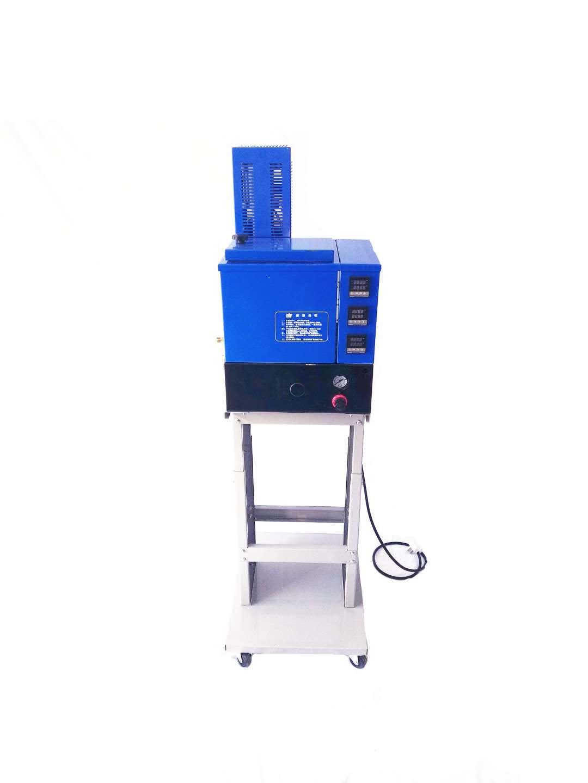 1705P热熔胶机-4.jpg
