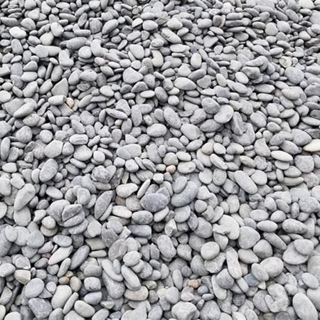 【灰色鹅卵石】_5-8公分天然灰色鹅卵石生产厂家!736240652