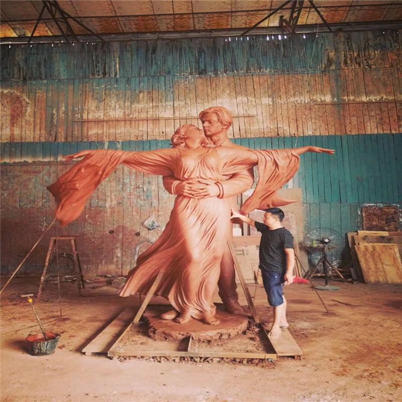 佛山玻璃钢情侣艺术雕塑、玻璃钢人物造型雕塑91717332
