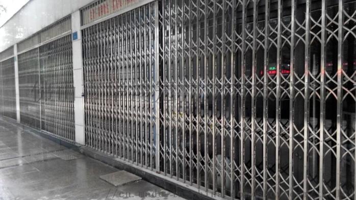 德阳不锈钢拉闸门  德阳拉闸门 95一方 厂家直供103002052