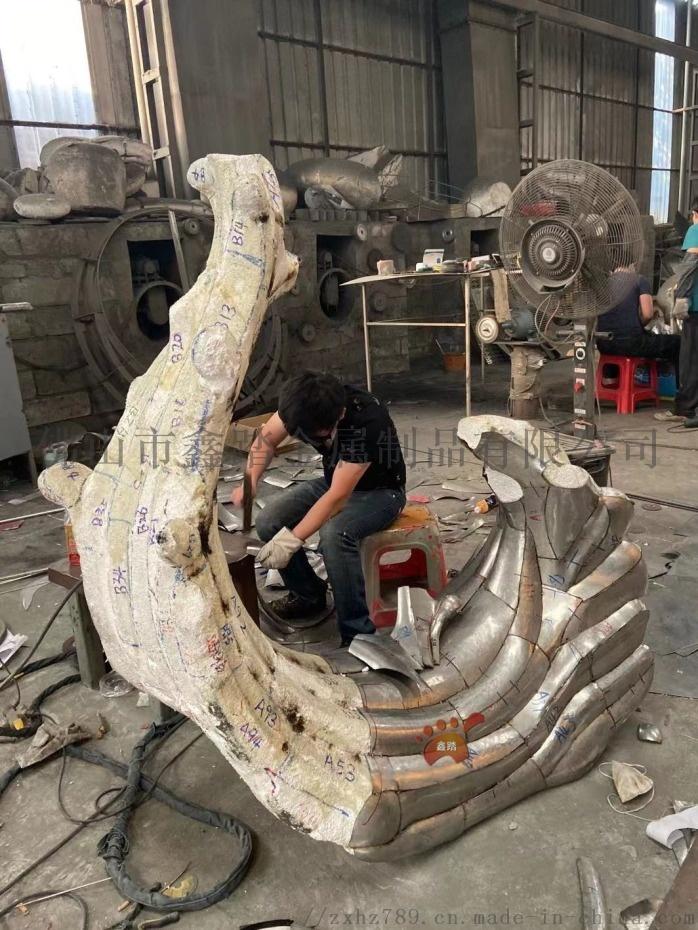 江西鏡面不鏽鋼浪花雕塑、室外雨水沖刷始終煥然一新106049482