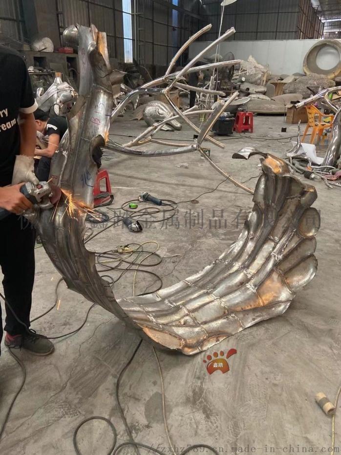 江西鏡面不鏽鋼浪花雕塑、室外雨水沖刷始終煥然一新106049452