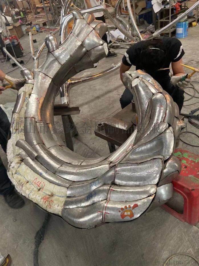 江西鏡面不鏽鋼浪花雕塑、室外雨水沖刷始終煥然一新106049442