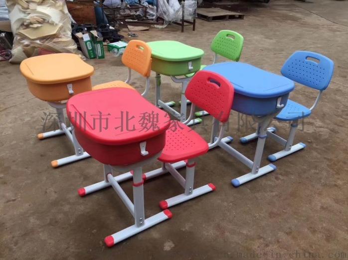 深圳連體鋼木結構課桌椅_鋼木課桌椅廠家105275335
