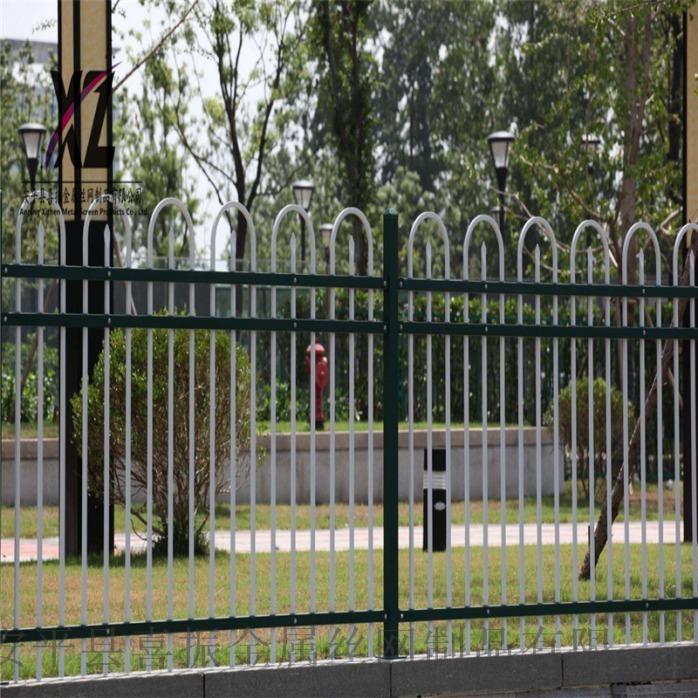 锌钢护栏1.png