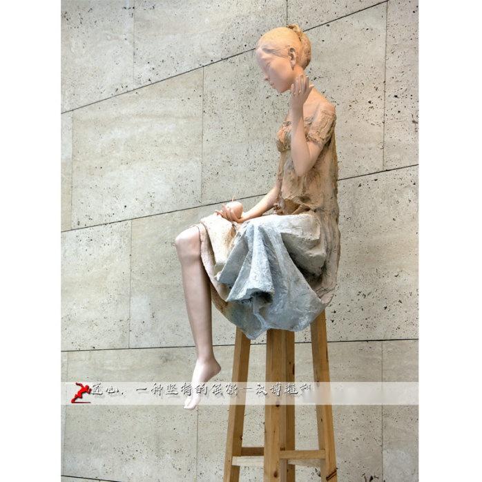 少女雕塑10000.jpg
