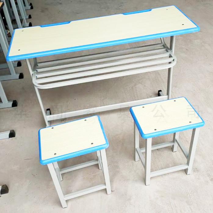 河南  家具厂生产定制课桌椅塑料课桌927523955