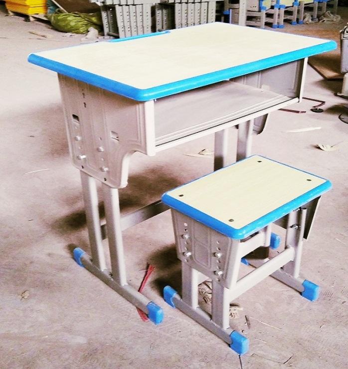 郑州课桌椅塑料课桌椅  厂家课桌椅批发142974025
