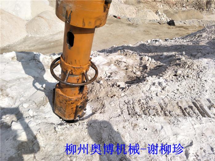 贵州大型劈裂机制造商劈裂机厂家764557802