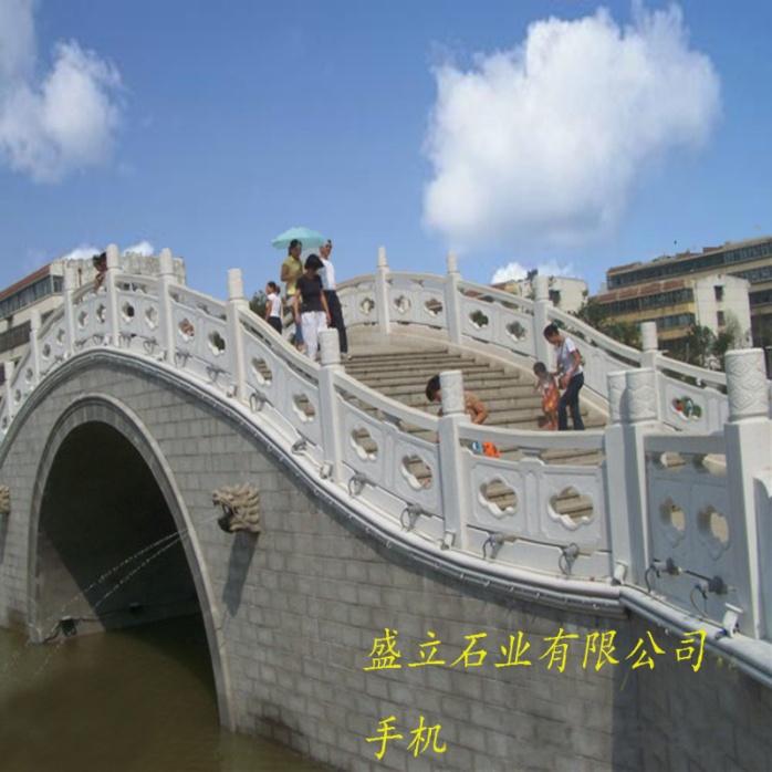 大桥石护栏