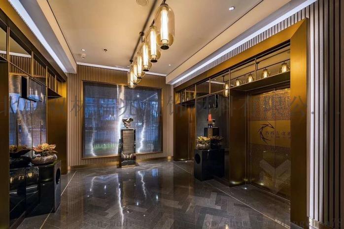 電梯廳吊燈.jpg