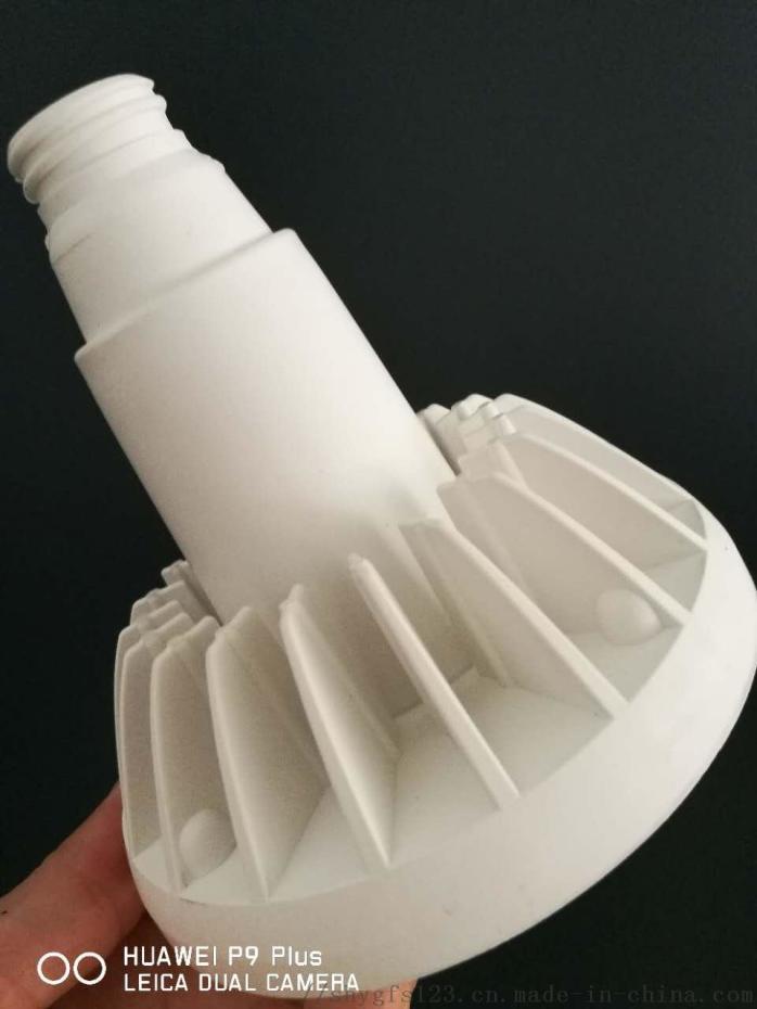 导热塑料成品2.jpg