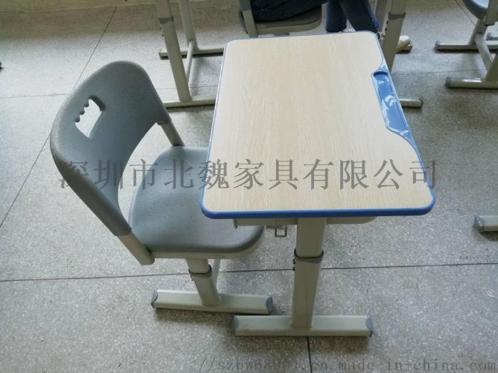广东学生塑钢课桌椅厂家直销95757115