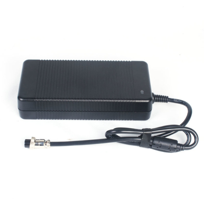 大功率警用设备54.6V6A磷配铁锂电池充电器813527342