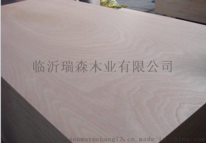 二次砂光桃花芯奥古曼面多层胶合板杨木多层板77354022