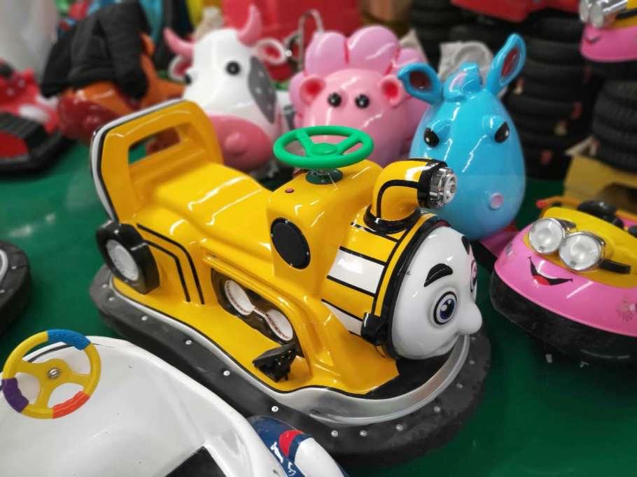 山西运城广场经营赚钱的用的电瓶碰碰车828573762