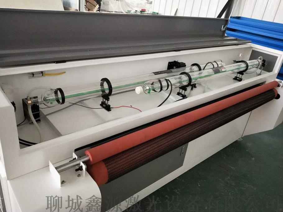 鑫源1612型毛氈自動切裁剪鐳射切割機78656532