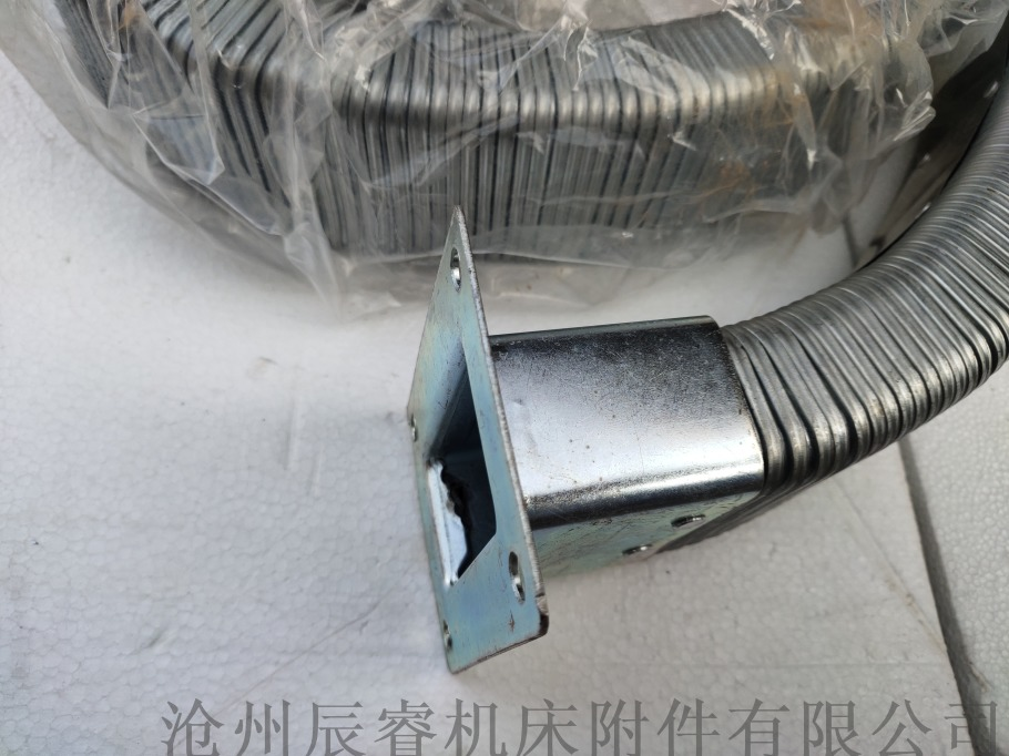 38*73JR-2矩形金属软管 辰睿矩形金属软管872115635