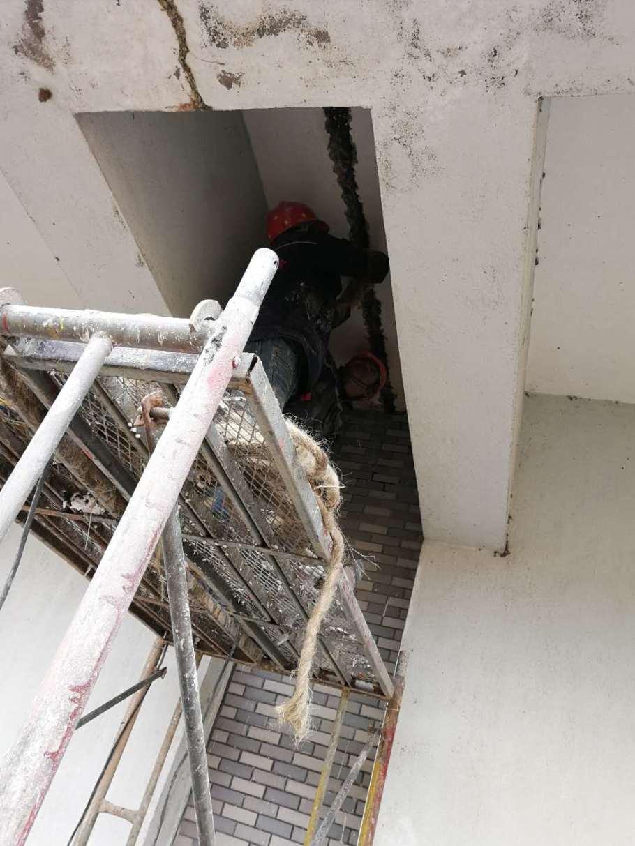 吉安污水處理廠沉澱池施工縫滲漏水處理堵漏878668365