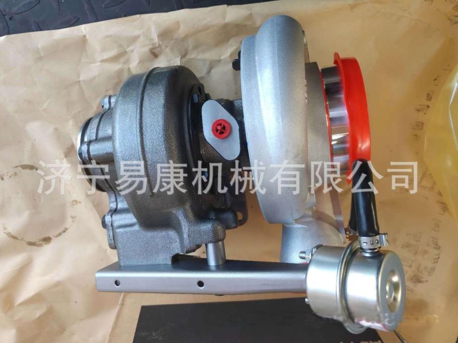 徐工XR305挖掘机增压器