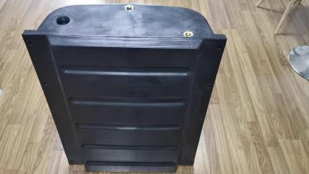 寧波朗順 食品級PE 可定製 拖掛式底盤汽車水箱