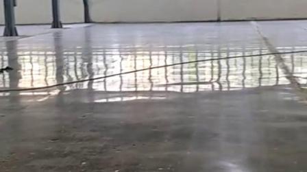 陽江水泥地起灰硬度不夠,陽江工廠舊地面翻新改造