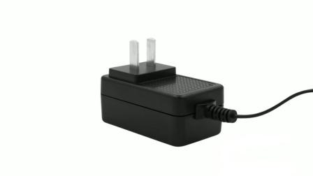 16.8V1A中規鋰專用電池充電器 過CCC認證