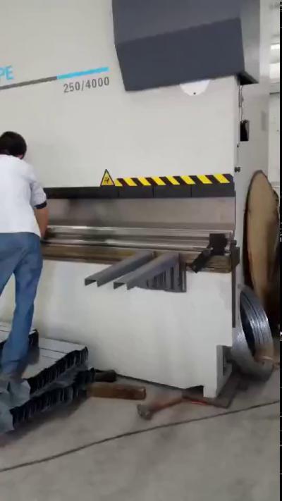 黄石泵控折弯机