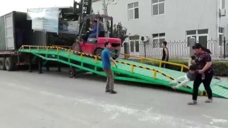 移动式手动升降登车桥集装箱装卸平台