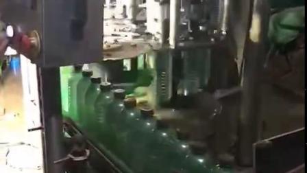 三合一饮料灌装机,全自动灌装机,全自动饮料灌装机,