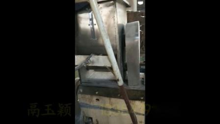 供应新型双螺杆玉米膨化机 东北貂狐貉饲料加工设备