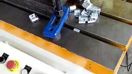不鏽鋼鉤碼,風管鉤碼模具